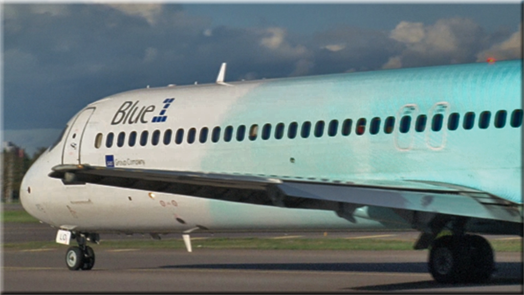 blue1 boeing 717 200 cockpit film bestsellers the place to